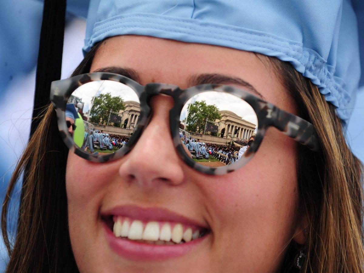 9. Колумбийский университет и Колумбийская бизнес-школа при университете. Процент выпускников работающих на Уолл-Стрит – 7,3%.