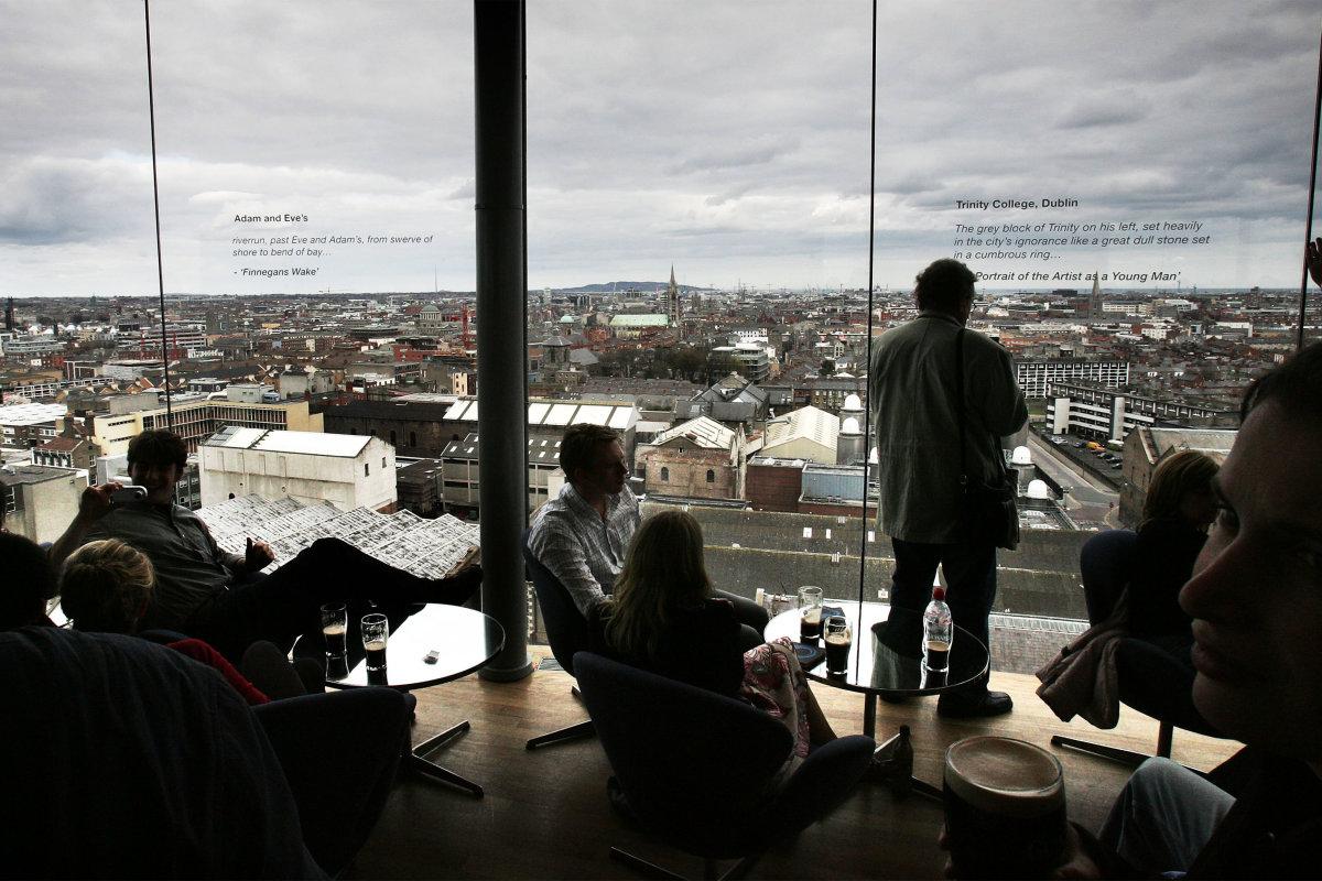 11. Еще одно популярное место в Дублине – бар Storehouse Guinness с великолепным видом на город.