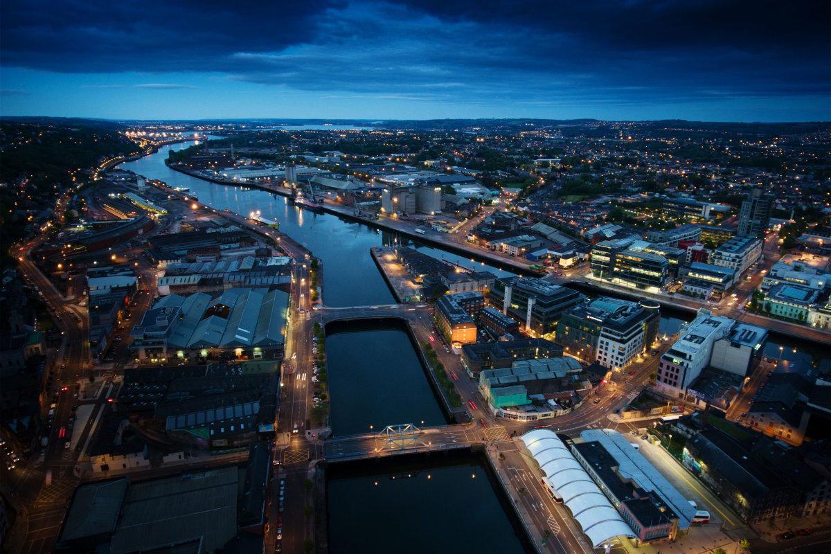 4. Корк – второй по величине город в Ирландии с населением более 300 000 человек.