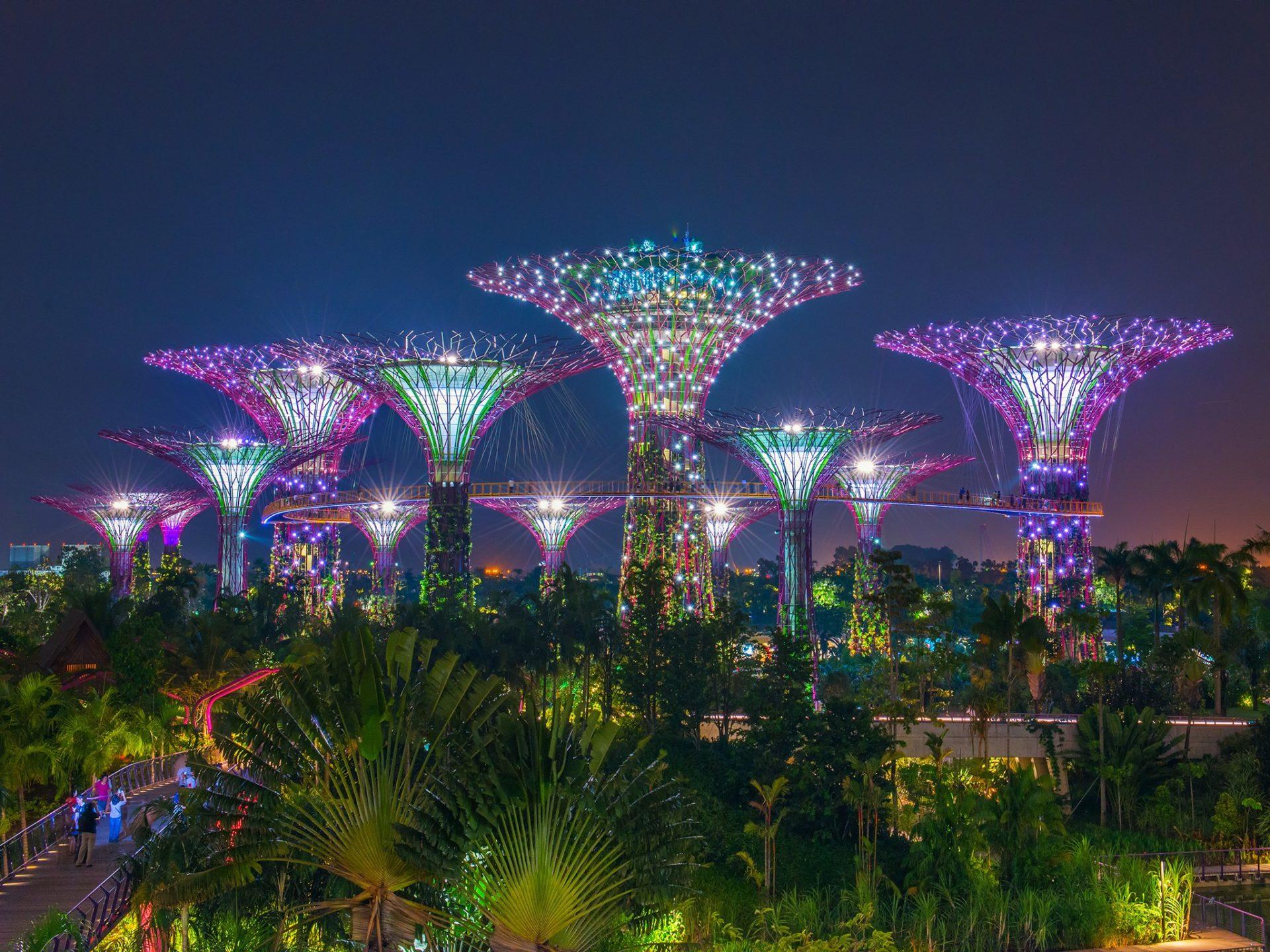 16. Сингапур.