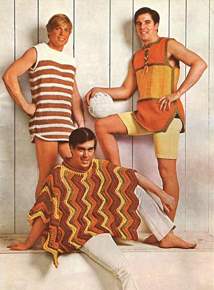 3. Сегодня женские вязаные купальники в моде. В 70-е была мода на пляжную вязаную одежду среди мужчин.