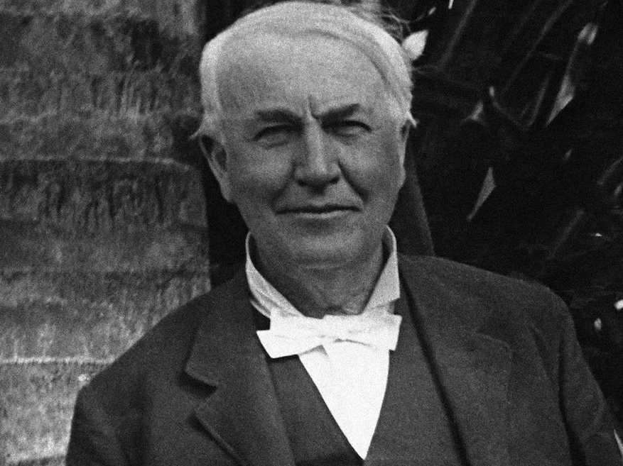 7. Учителя Томаса Эдисона постоянно твердили ему, что он слишком глуп.
