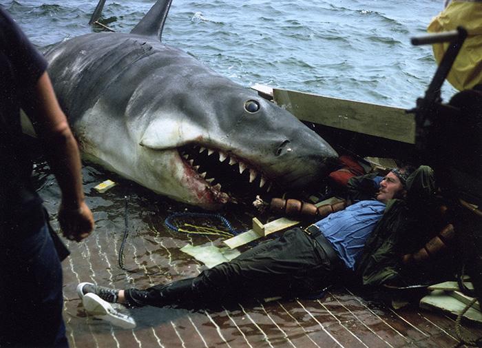 3. Акула из «Челюсти».