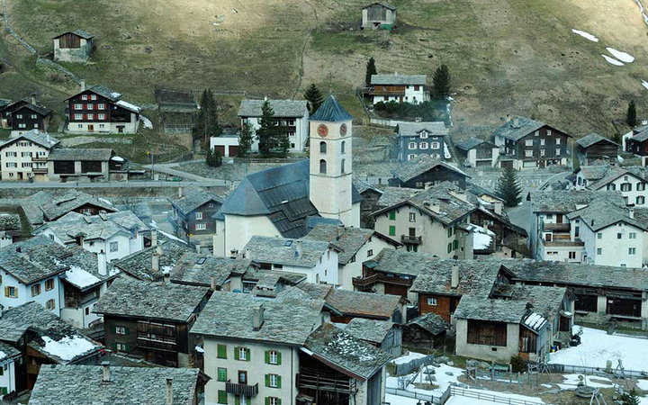 5. Горная деревня Вальс, Швейцария.