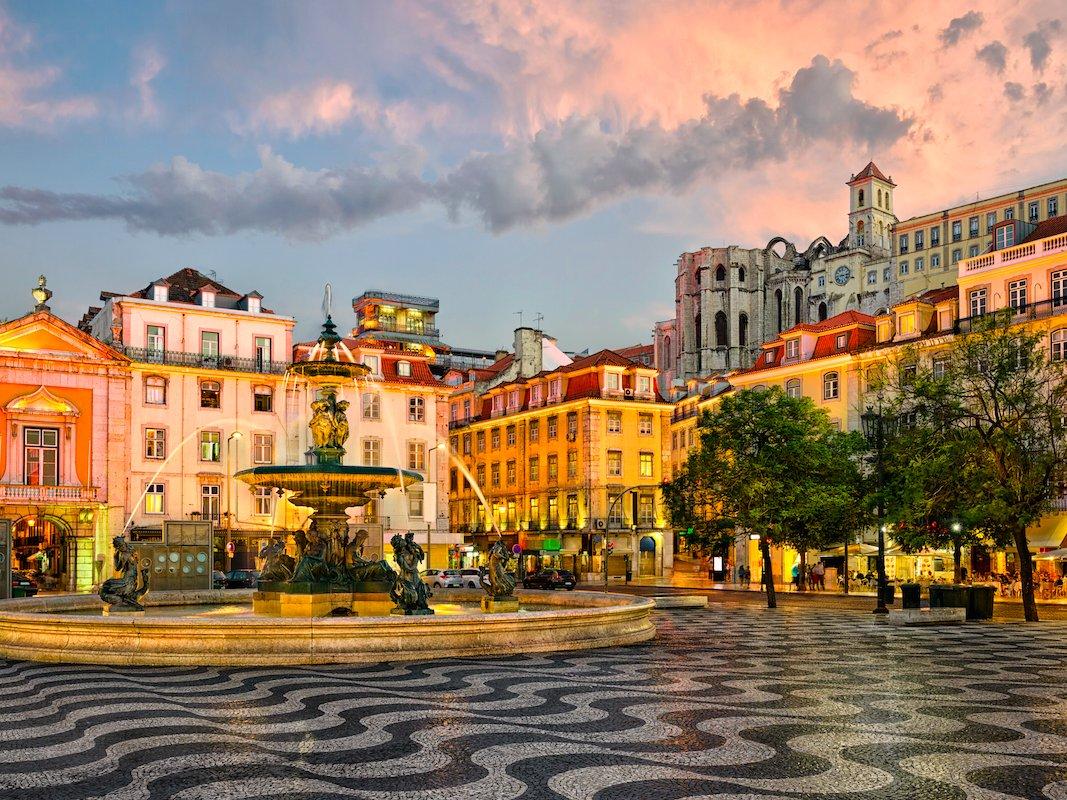 2. Лиссабон, Португалия. Низкая стоимость проживания в Лиссабоне позволяет жителям города не сильно задумываться об экономии.