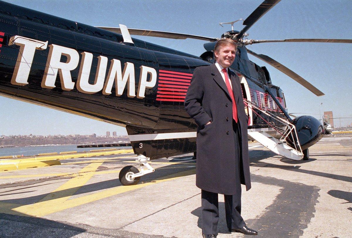 5. Трамп владеет парком дорогих вертолетов.