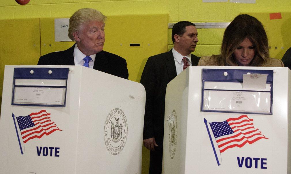 9. Нью-Йорк. Дональд Трамп с женой Меланией Трамп.