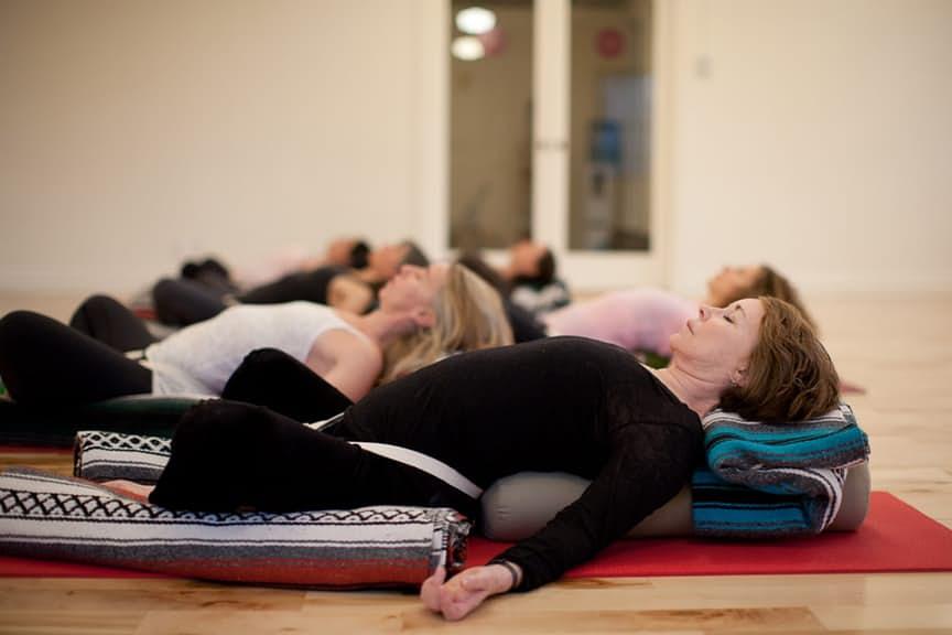 3. Восстановительная йога.