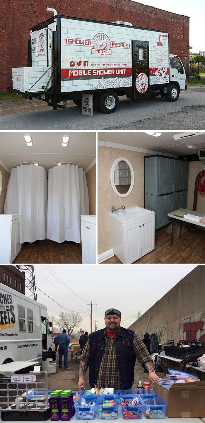 3. Мужчина превратил трейлер в переносной душ для бездомных.