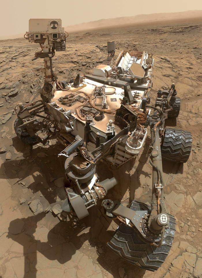 1. Приземление марсохода Curiosity на поверхность Марса.