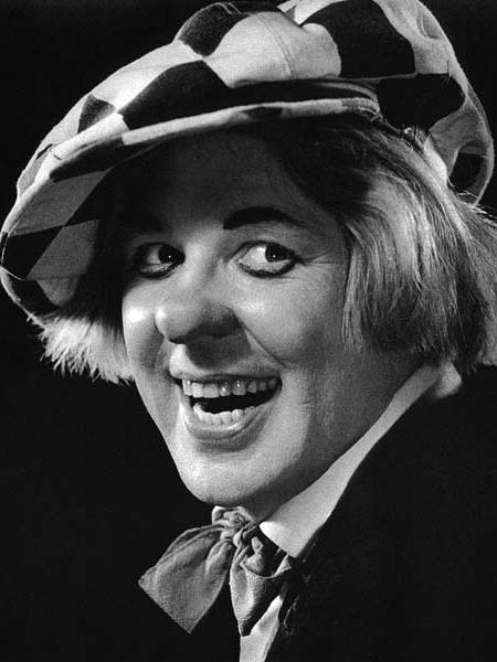 10. Олег Попов - советский и российский артист и режиссёр цирка, актёр, самый известный клоун. Умер 2 ноября 2016.