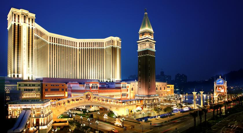 13. The Venetian, самое большое в мире казино. Макао, Китай.