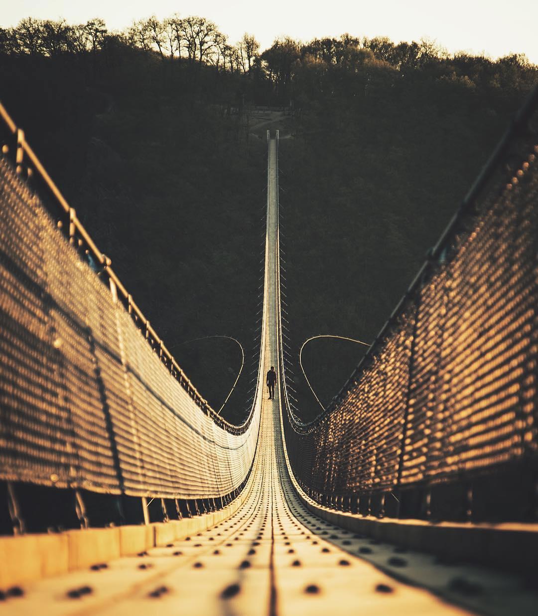 12. Самый длинный подвесной мост в Германии. @lennartpagel.