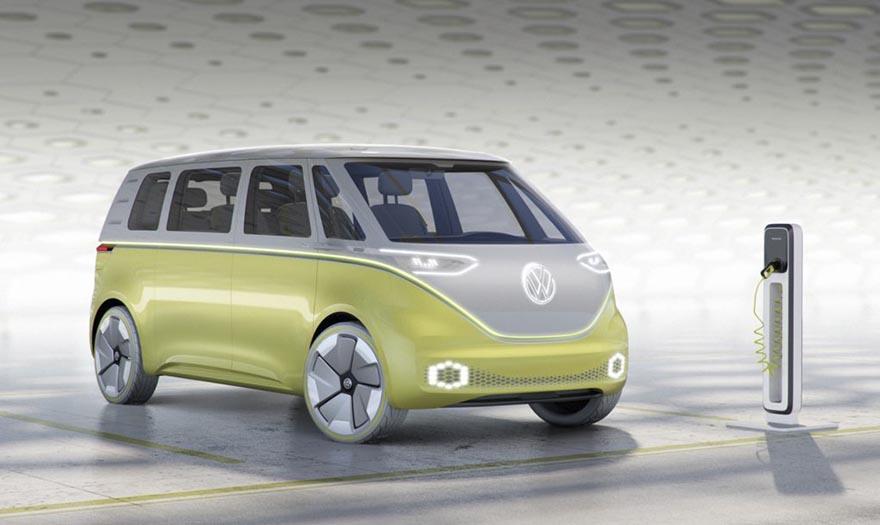6. Автопилот управляет автомобилем с помощью камер, лазерных сканеров и других датчиков.