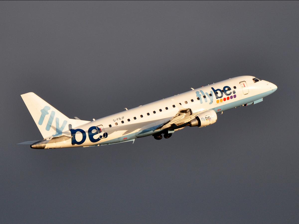 7. Flybe. Основанная в 1979 году, авиакомпания ялвяется недорогим региональным перевозчиком юго-западной Англии.