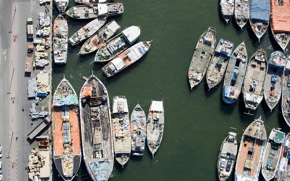 11. Лодки, пришвартованные на пристани Дубай Марина.