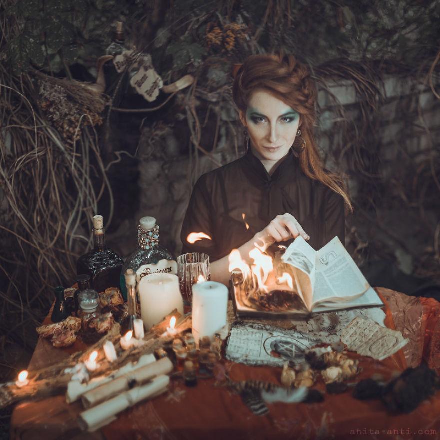 12. Ведьма.