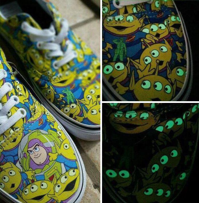 3. Производитель обуви  Vans совместно с киностудией Pixar Animation Studios выпустил коллекцию обуви и головных уборов посвященных культовому мультфильму.