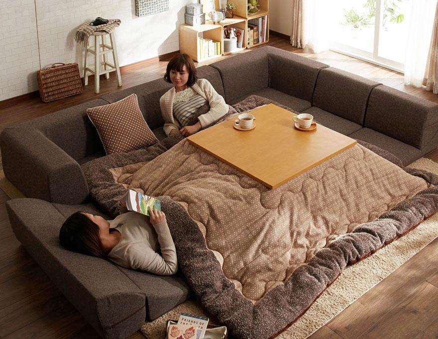 японский стол и кровать