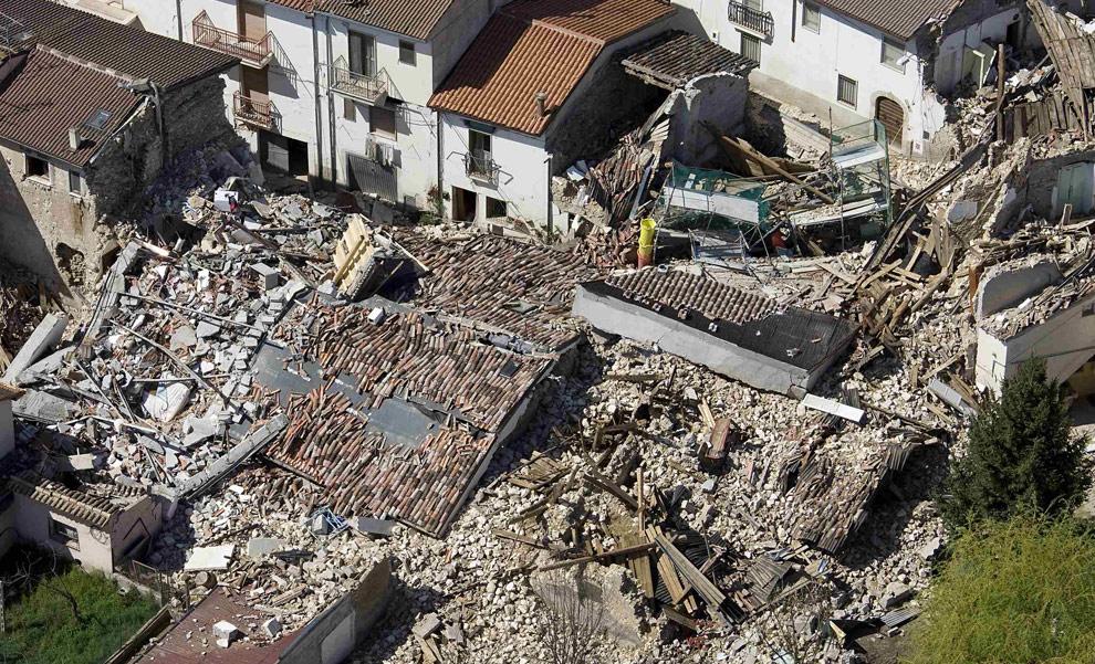landslide earthquake in italy august - 990×601