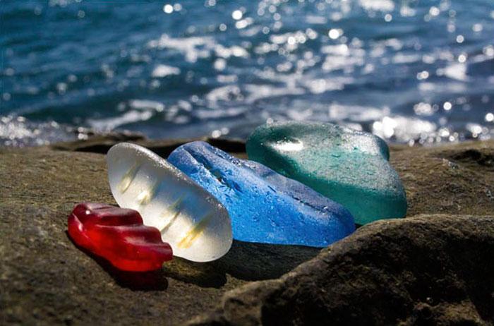 bottle-pebbles-glass-beach2.jpg