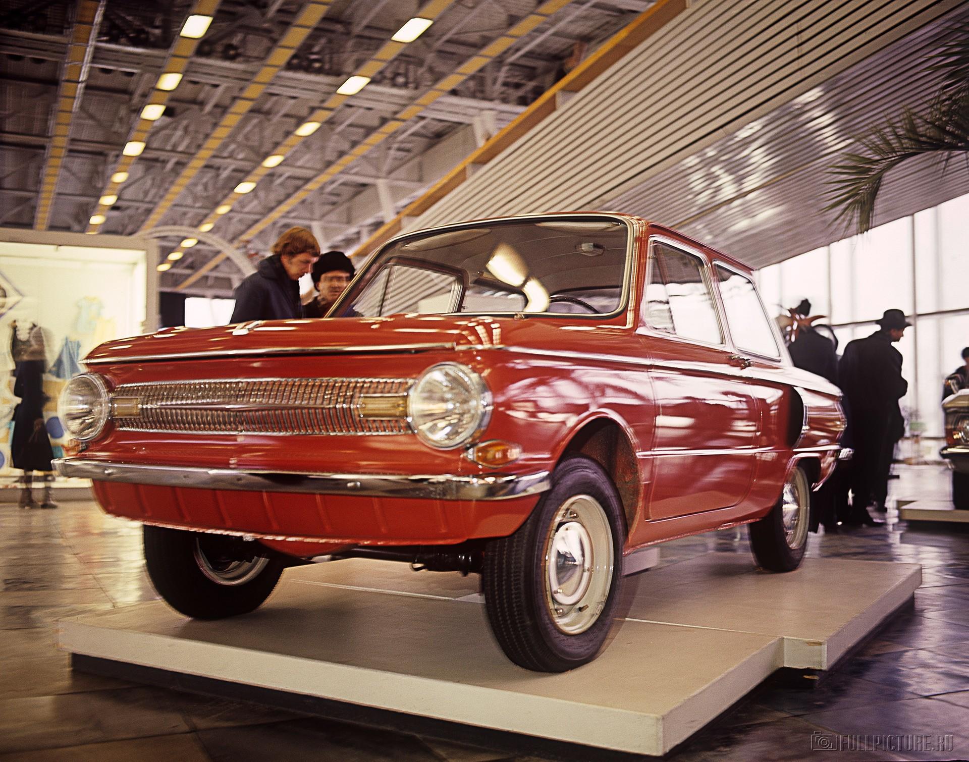 первые авто в ссср фото