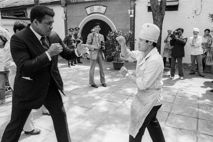 Уличная фотография показывает Китай в 1980-х