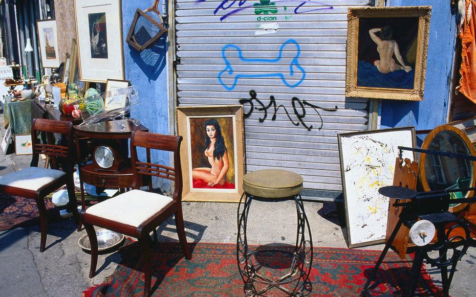 1. Посетить блошиный рынок на Портобелло-роуд в Лондоне.