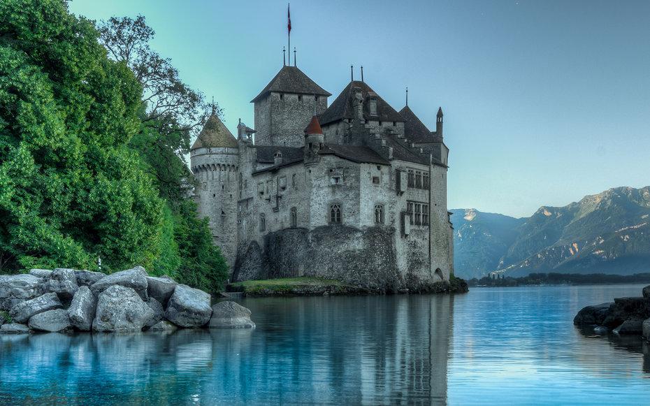 4. Русалочка - Шильонский замок, Швейцария.