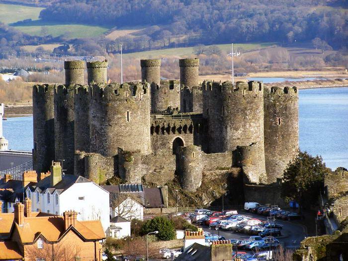 4. Замок Конуи, Уэльс, Великобритания.