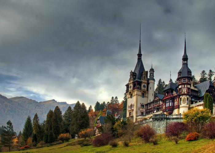 8.  Замок Пелеш, Румыния.