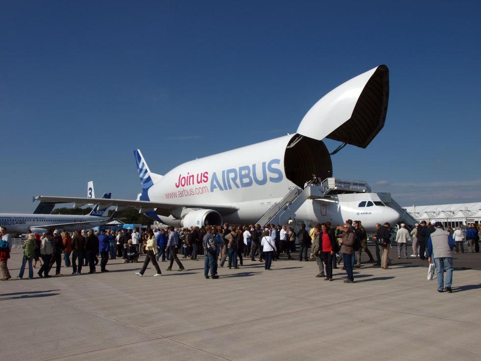 6. Airbus A300-600ST Beluga.