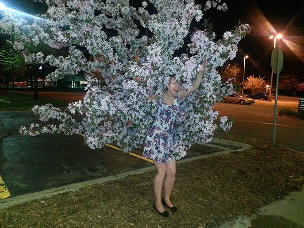 17. Девушка-дерево.