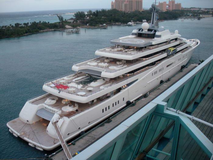 10. Затмение - $ 800 млн.