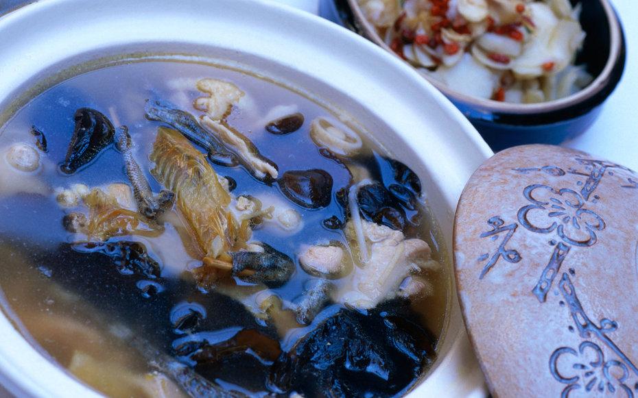 7. Китай – суп из ящерицы.