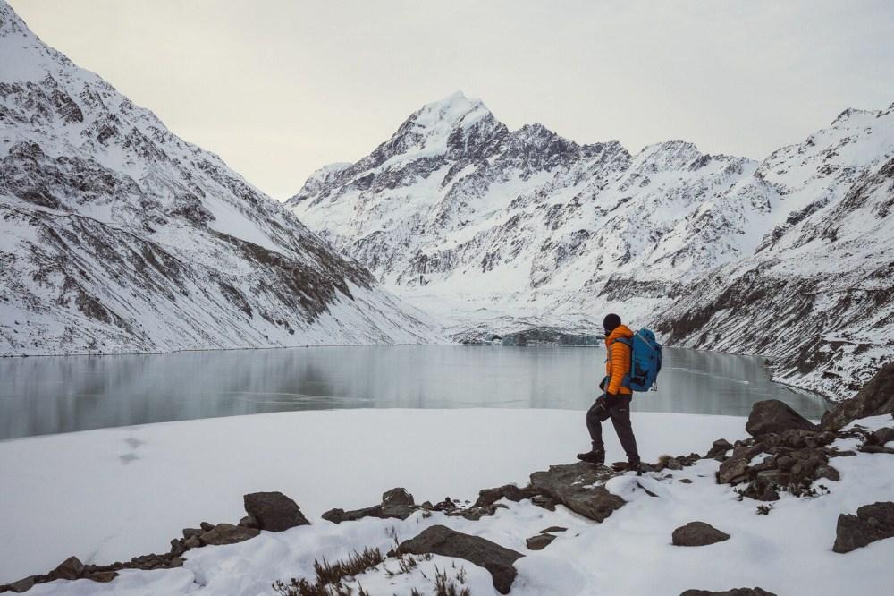 11. Озеро ледника Хукер, гора Кука.