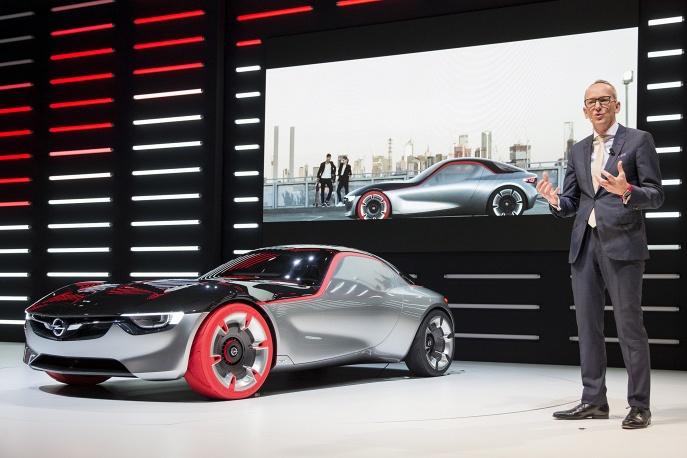 6. Новий концепт-кар Opel GT Concept.
