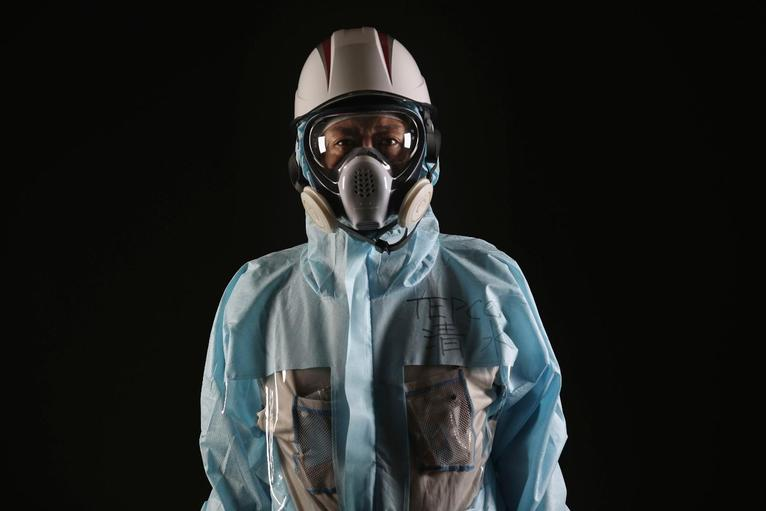 3. Кендзи Симидзу из Tokyo Electric Power Company руководит проектом, осуществляющим поиск загрязнений на объекте с помощью робототехники.