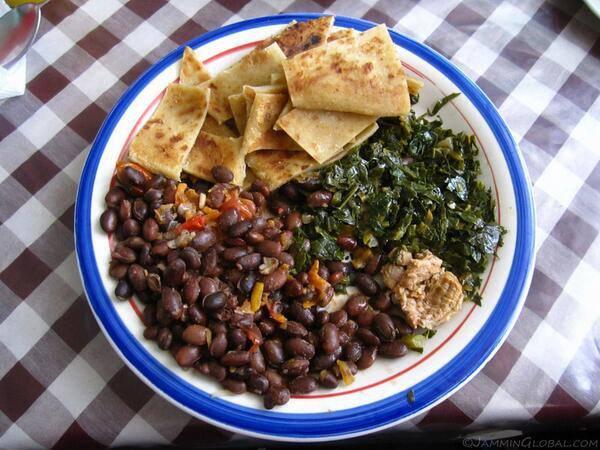 15. Chapati Madondo – блюдо из лепешек и бобов в Кении.