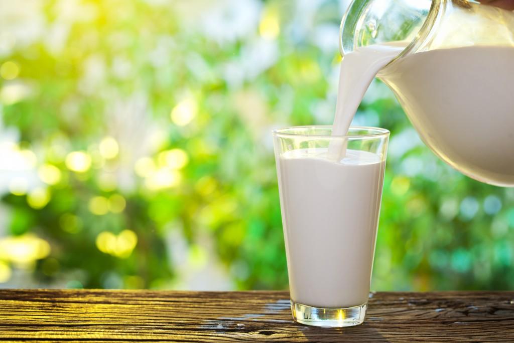 17. Литр молока в Уругвае.