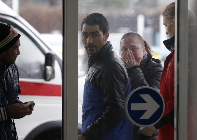 12. Родственники жертв авиакатастрофы Boeing 737-800.