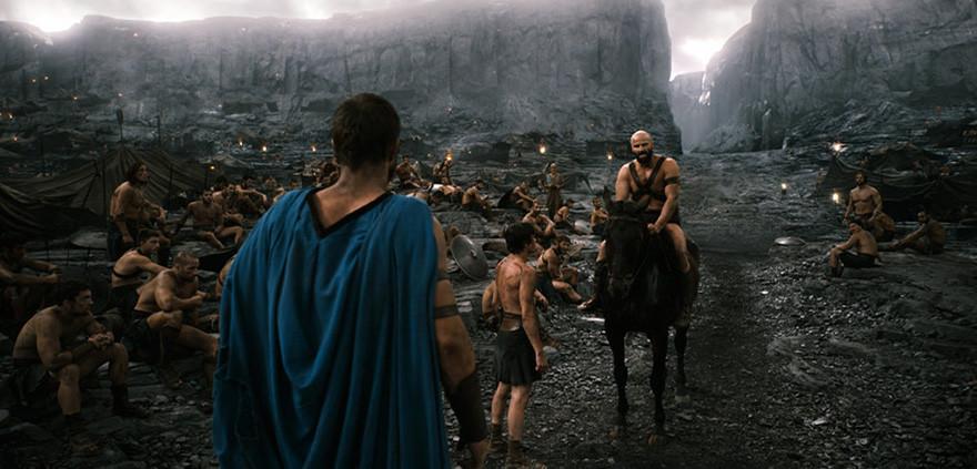 300 спартанцев: Расцвет империи - на экране.
