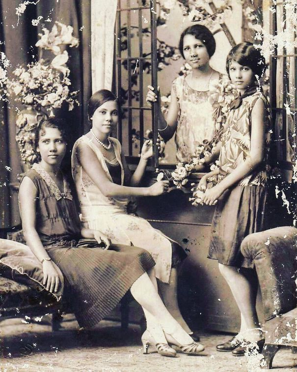 20. Сестры, Филиппины.