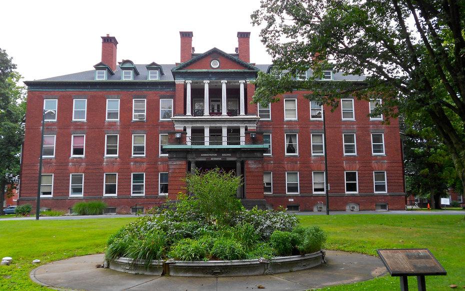 10. «Прерванная жизнь» - психиатрическая больница города Гаррисберг, Пенсильвания, США.