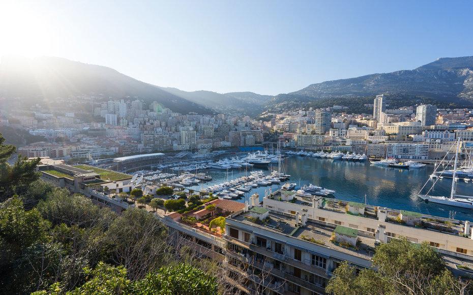 9. Монако.