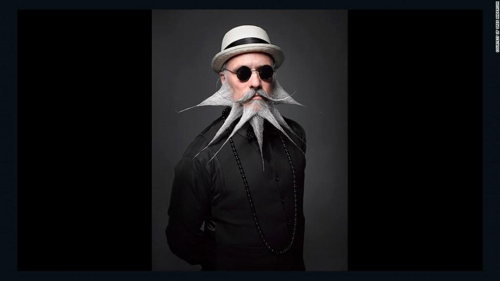 1. Борода и усы причудливой формы сегодня уже никого не удивляют.
