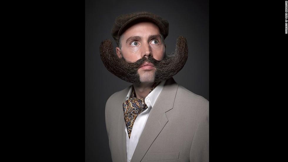 3. Кажется эта борода бросает вызов гравитации.