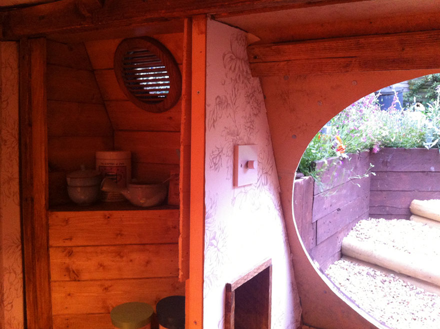 6. Вентиляция – важный элемент подземного домика.
