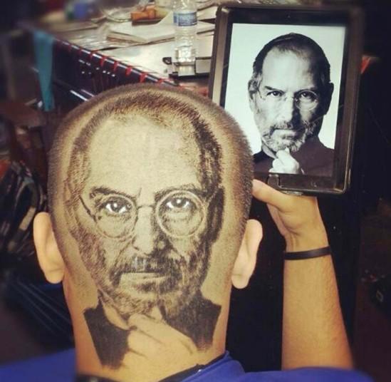 6. «Сперва я делал просто обычные стрижки, но потом я решил попробовать портреты. Все, кто увидел мою первую работу, были поражены». На фото – Стив Джобс.