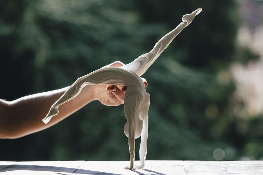 2. Гимнастка.